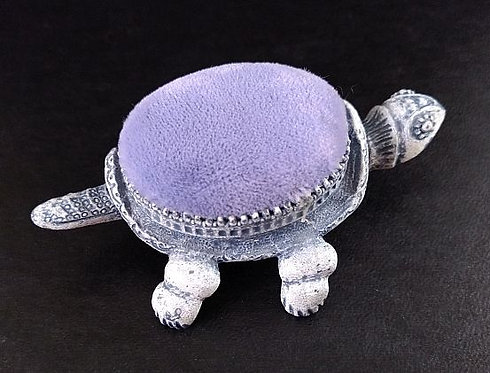 Florenza Turtle Nodder Pin Cushion