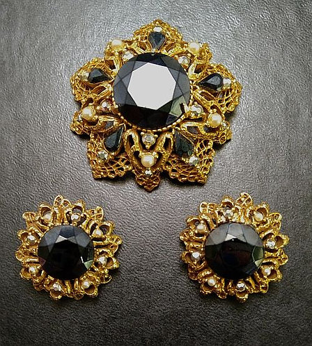 Florenza Black & Pearl Demi-Parure