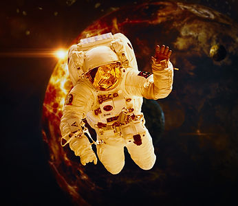 astronaut-5466597_1920.jpg