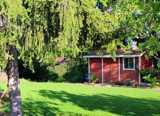Gardening shed Manor