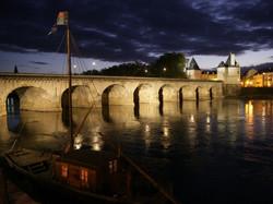 Pont-Henri-IV-Chatellerault-750x563
