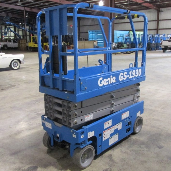 genie-gs1930-electric-scissor-lift-2-980x980.JPG