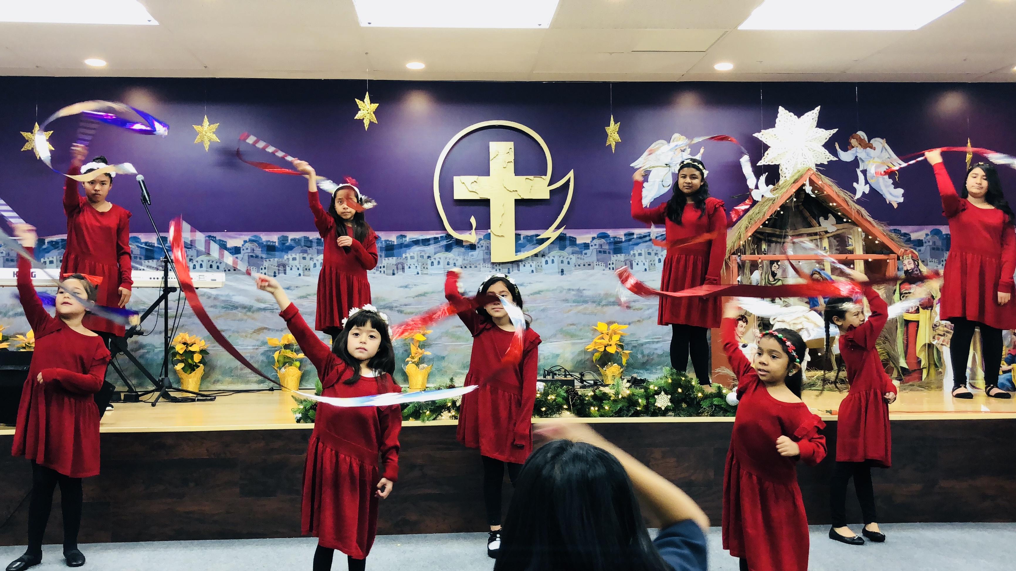 jovenes_sirviendo_a_Dios