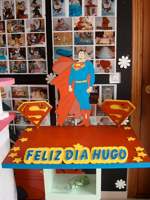 REF.526 Base de tarta Superman