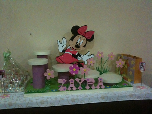 REF.325 Base hasta 5 tartas Minnie Mouse y nombre