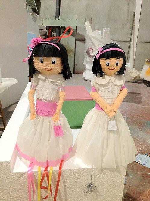 REF.807 Piñata Muñeca 3D en papel
