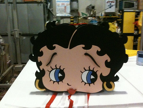 REF.818 Piñata Betty Boop