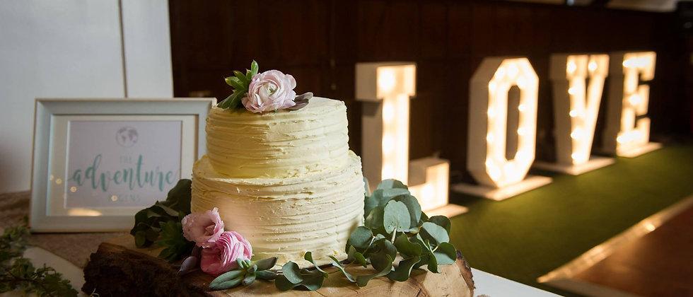 RUSTIC CAKE SLICE