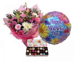 Flowers, Chocolates & Balloon $100