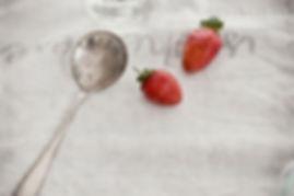 Portaanperä mansikat ja lusikka