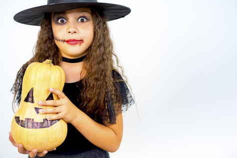 6 Important Trick-or-Treating Safety Tips for Parents