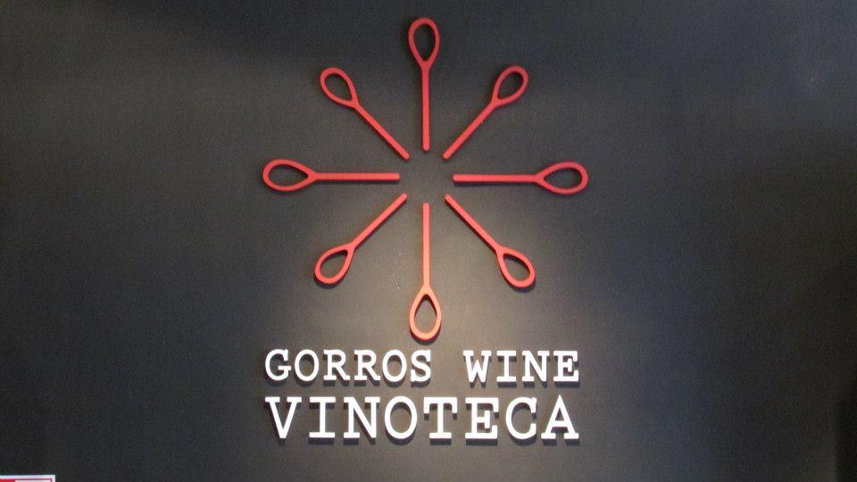 GORROS WINE