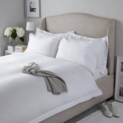 Satenska kolekcija za krevet