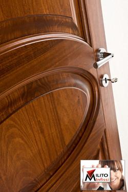 porta modello 61 legno massello particolare