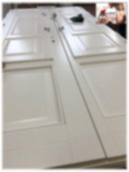 porta finestra laccata bianca con scuri bifacciale