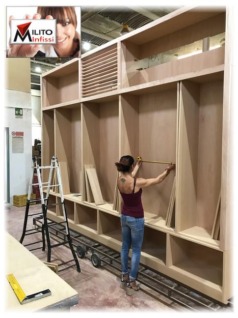 cabina armadio su misura legno massello artigianale
