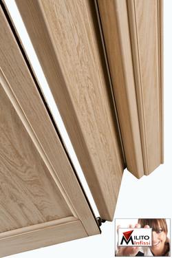 porta a libro di legno