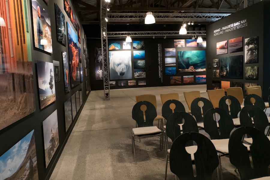 Ausstellung in der Multimediahalle Zingst