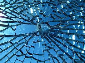 broke auto glass san angelo.jpg
