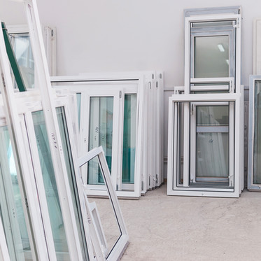 What is the difference between vinyl windows?