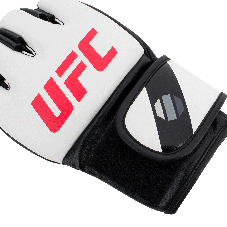 MMA-5oz-Glovesw-4.png