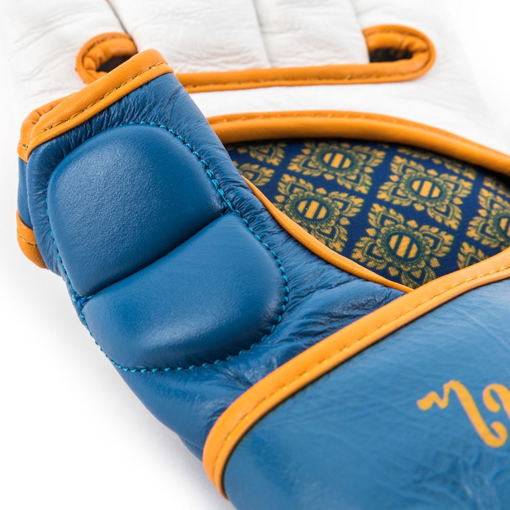 True Thai MMA Gloves_BW-3_2000x2000.jpg