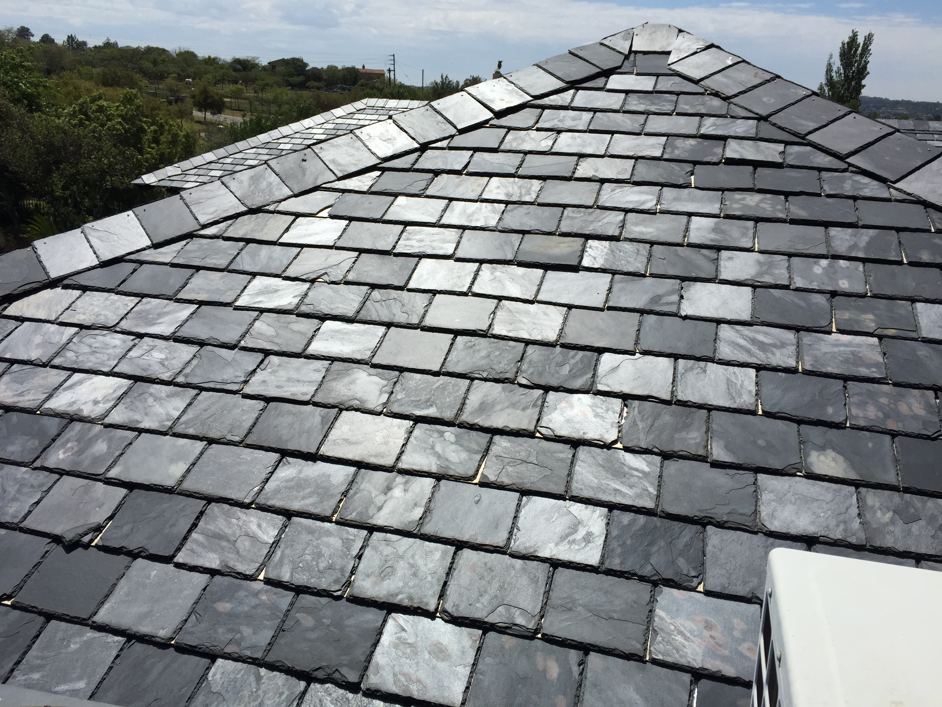 2C Services SLATE ROOFS 2200