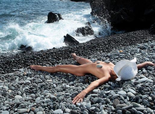 Лучшие пляжи натуристов Европы