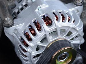 Motor elétrico - a Hercules Geradores trabalha com recuperação e adaptação desses motores.