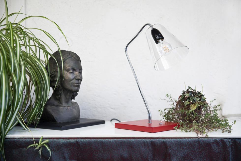 Lampe socle rouge