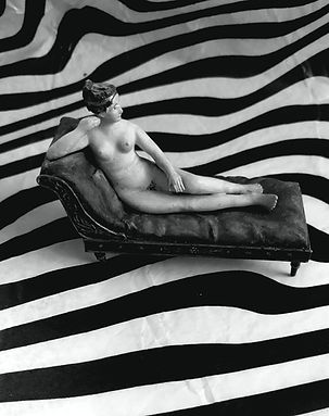 THIS IS PAULINE! In Stripes! Photo by Mira Noltenius