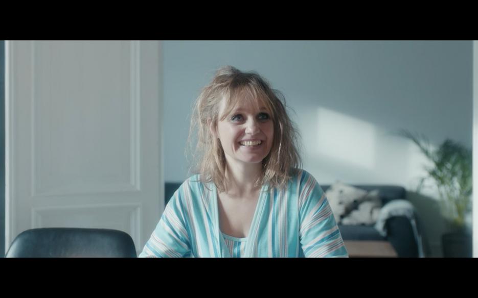 Mira Noltenius as Maj in Good Morning Bu