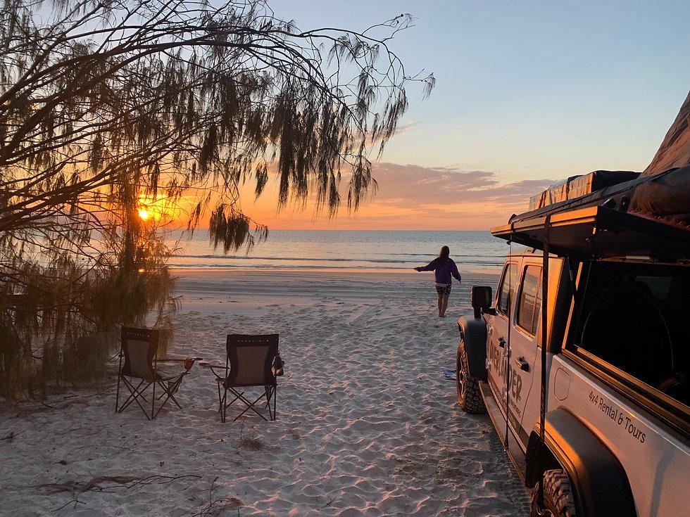 Jeep Gladiator rental 4x4 on west coast of Fraser Island