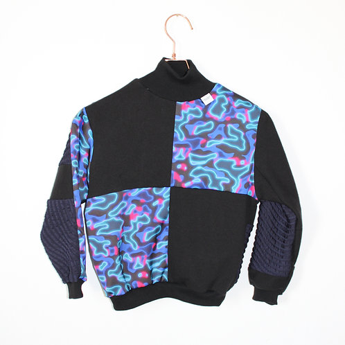 BLUE WATER Sweater