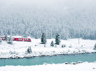 Bernina Express Winter.jpg