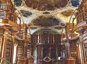 Stiftsbibliothek St. Gallen.jpg