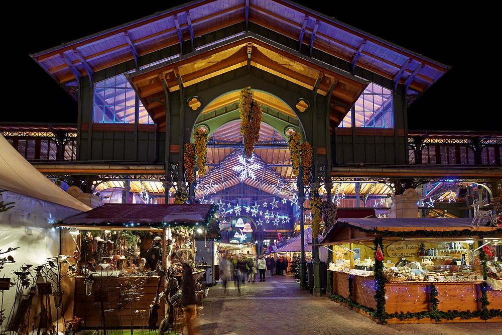 Quelle: Weihnachtsmarkt in Montreux im Waadtland. Copyright by: Switzerland Tourism - By-Line: swiss-image.ch/Christof Schuerpf