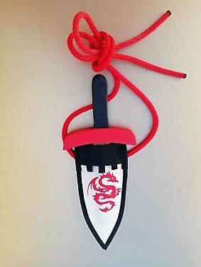 Ensemble fourreau + mini-dague rouge
