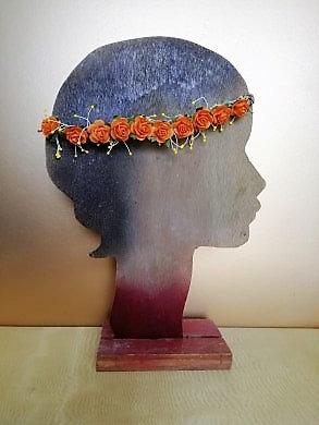 Couronne de fleurs orange