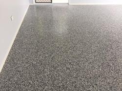 Garge floor coating - epoxy flakes system