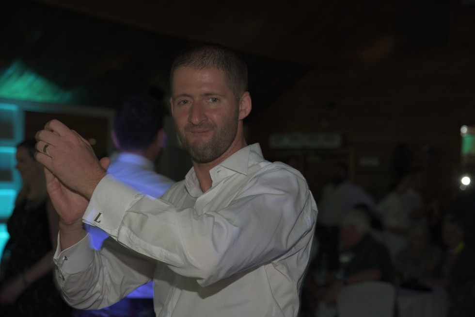 Cruin groom