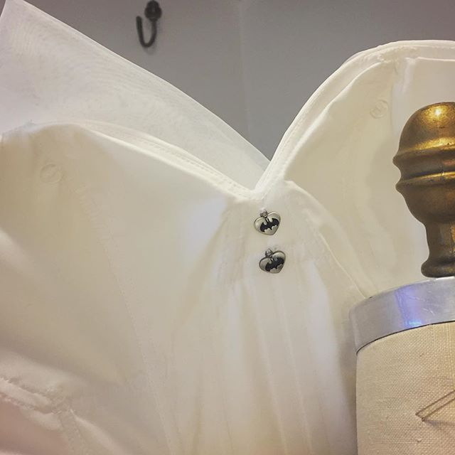 Secret bat charms in the cleavage of this Harry Potter crazed bride