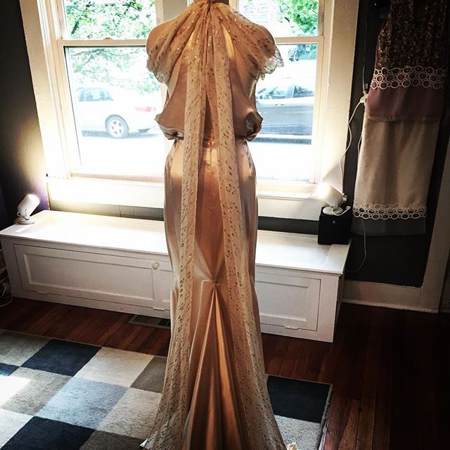 Custom _old Hollywood_ wedding gown complete!_#kimvanyo #khymanyostudio #saratogaspringsdesigner #de