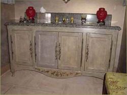 Old-world-dresser