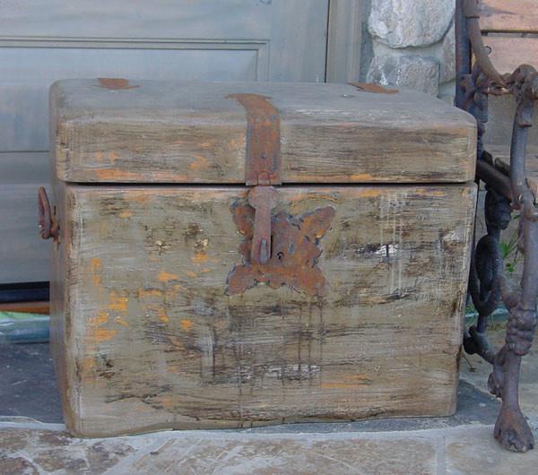 Old-Box.jpg