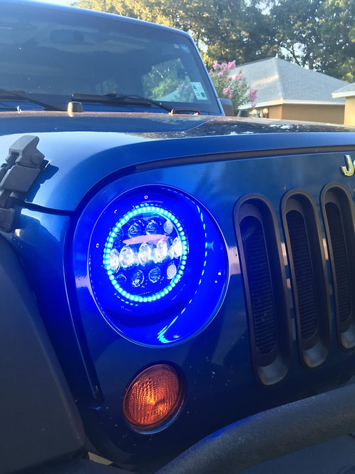 "Jeep 7"" LED round headlights w/ ColorMorph halo rings"