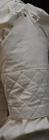 Detail: Sleeve