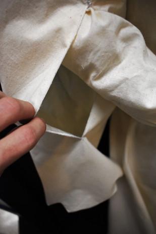 Detail: Pocket Sleeve