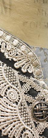 Detail: Collar Trim