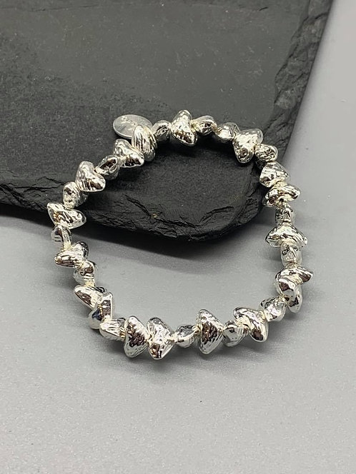 Hammered heart Bracelet